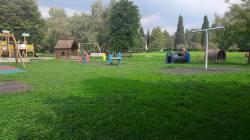 Um dos varios parques verdes