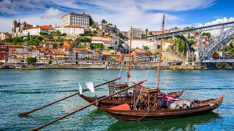 PORTUGAL-Porto-Portugal-Cityscape-000053135052_XXXLarge